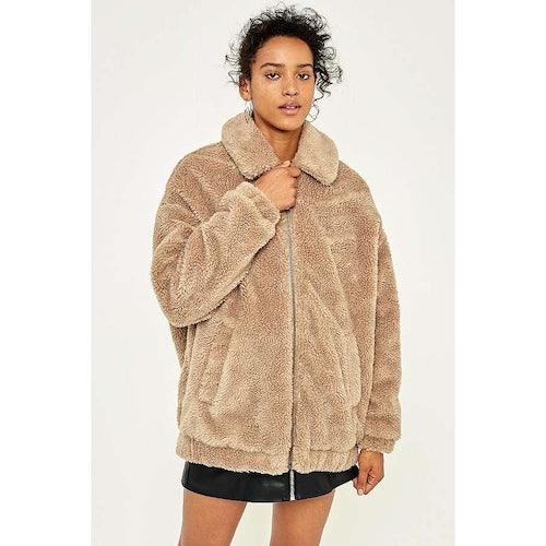 41480af70cc Light Before Dark Camel Teddy Zip-Through Jacket | Urban Outfitters -  Amaliah