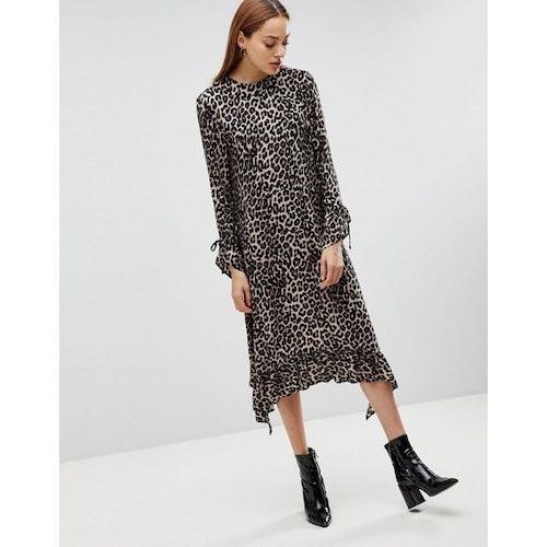 8b5156f1610a ASOS TALL Soft Trapeze Midi Dress with Pep Hem in Leopard Print - Amaliah